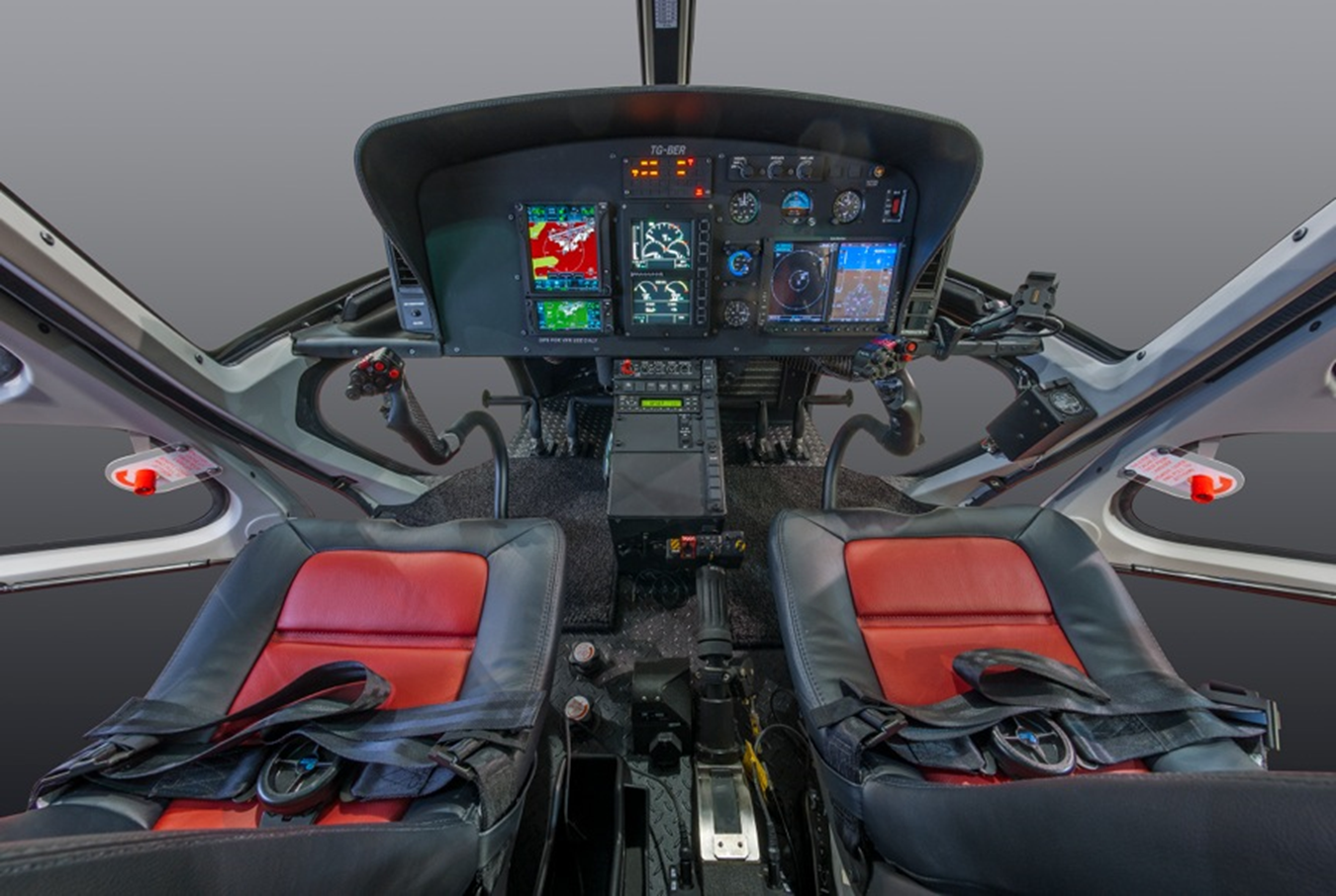 helicopter pilot with Instrument Panels on Ngepic together with Aerial Photography Oak Island Portfolio further Pic 97367 also Piloto helicoptero besides Symphony.